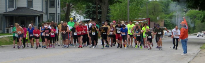 2015 05 23 Start of John Wayne 5K Walk Run