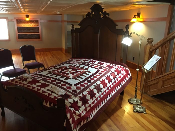 quilt turning bed at Iowa Quilt Museum